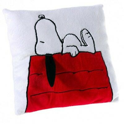 The Peanuts - Plush Cushion - Snoopy on the doghouse, 24 cm
