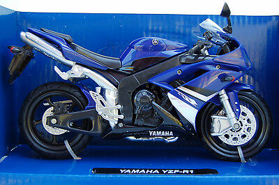 YAMAHA  YZF-R1  1/12th  MODEL  MOTORCYCLE