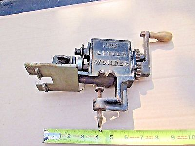 """Vintage Pinking Machine, """" The Little Wonder"""", Sewing, Leather Working Tool"""