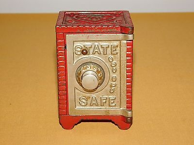 "Vintage 4 1/4"" High State Safe Usa Cast Iron Metal Combination Coin Bank"