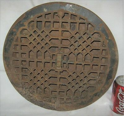 Antique Usa Architectural Home Cast Iron Heating Floor Register Vent Grate Lock