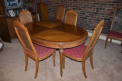Drexel Esperanto Dinning Table & 6 Chairs & 3 Leaves & Table Pads