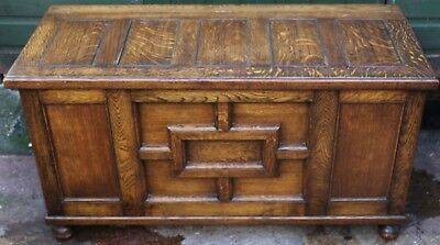 Wonderful Clean And Fancy Looking Storage Or Blanket Chest