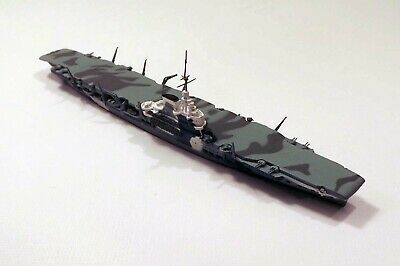 Neptun T1112 British Aircraft Carrier Victorious Camouflaged 1/1250 Scale Model