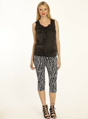 Casual Chiffon Top & Cropped Print Pants Outfit