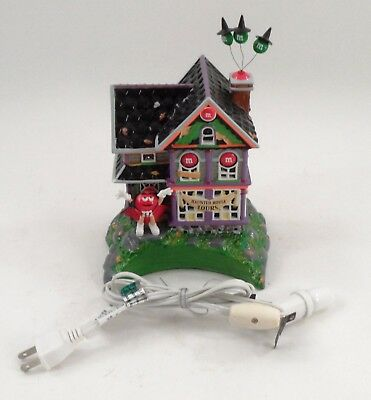 2004 Department Dept 56 Halloween M&Ms Haunted House Tours Lighted Display Home