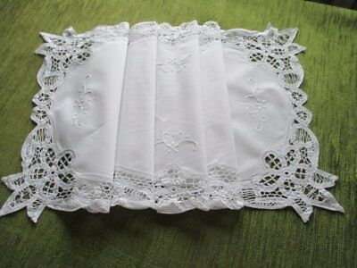 "TABLE RUNNER-TAPE LACE & HAND EMBROIDERY DECORATION-14""x42"""