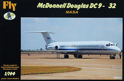 FLY KITS 14402 McDonnell Douglas DC9-32 NASA in 1:144