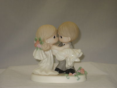 Precious Moments On The Threshold Of a Lifetime Of Happiness  153008 NIB