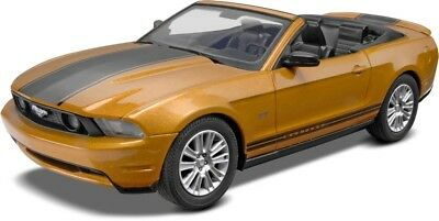 2010 Ford Mustang Convertible 1/25 scale skill 1 Revell plastic model kit#1963