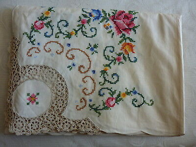 Huge Hand Embrodered Roses Cross Stitch And Crochet Tablecloth New Unused
