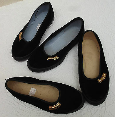Vintage girls velvet slippers UNUSED Dance rehearsal Gym shoes school uniform