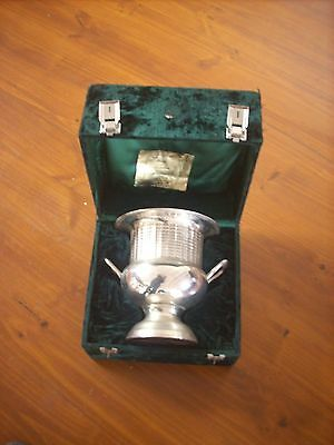Large Queen Adelaide Silver Plate Champagne Ice Bucket In Original Felt Box
