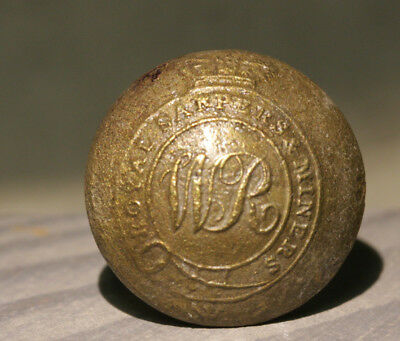 ROYAL NAVY DOCK YARD BERMUDA - Dive Recovered Royal Sappers & Miners Button