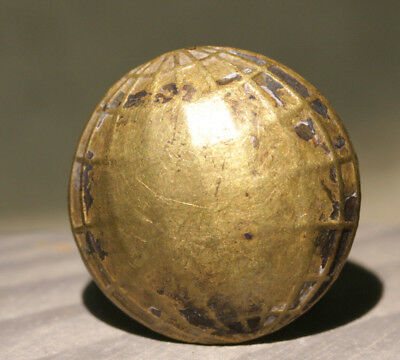 ROYAL NAVY DOCK YARD BERMUDA - Dive Recovered Unusual Brass Button - Globe