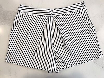 Country Road - Women's Navy And White Stripe Dress Shorts - Size 14