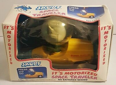 Vintage SMURFS Space Traveler From 1983 (MINT IN THE BOX)