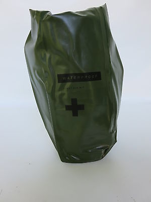US Army First Aid Kit Bag Waterproof Waschbeutel Shower Marines USMC Vietnam