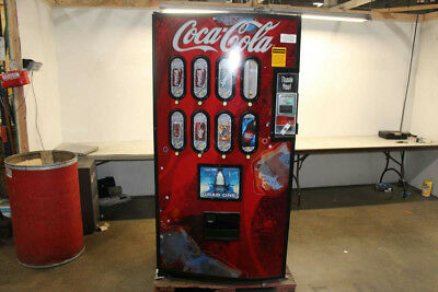 Intellevend 2000 Coke Machine, 8 Selections, Dollar Machine