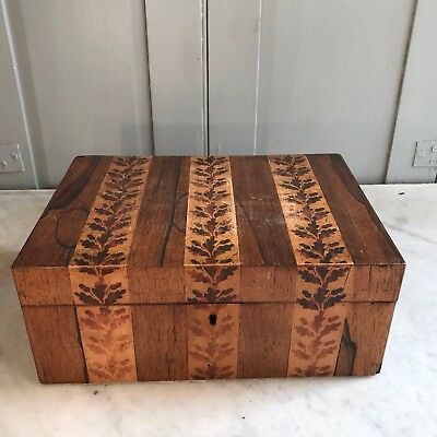 Antique wooden trinket box with oak leaves marquetry inlay