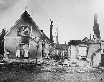French house burned by German troops on Western Front World War I WWI 8x10 Photo