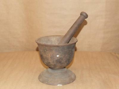Vtg Antique Cast Iron Footed Mortar & Pestle Vintage Pharmacy Apothecary Tool