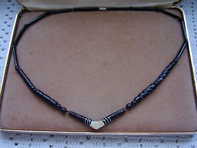 Vtg Hawaiian Black Coral And Mother Of Pearl Necklace