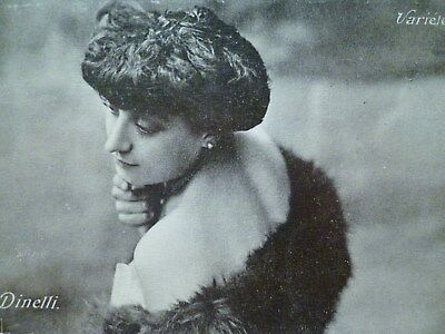 cpa DINELLI actrice artiste celebre femme postcard famous actress lady woman pc