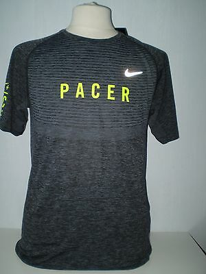 SUPERBE T-SHIRT RUNNING PACER NIKE + RUN CLUB DRI FIT TAILLE L / NEUF collector