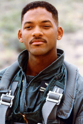 Will Smith Color Independence Day 24X36 Poster Print