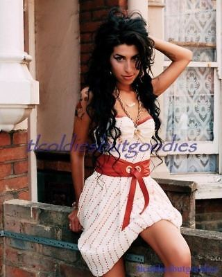 Amy Winehouse Outside White Red Dress Singer Star Great Rare 8X10 Photo #0017
