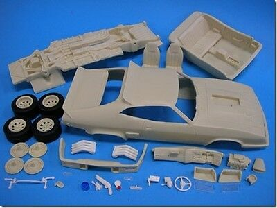 The Parts Box 1/25 XB 2-Door Aussie Police Kerbside Body Pack