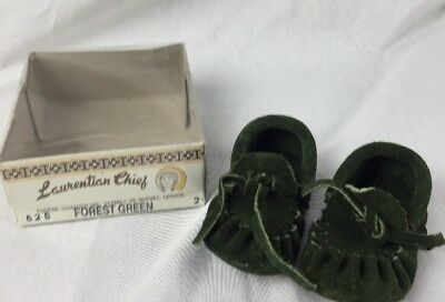 Laurentian Chief baby Moccasins Children's Size 2 Green leather NEW CANADA