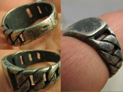 Author's Work ! Interesing Massive Vintage Silver  Ring! #6710