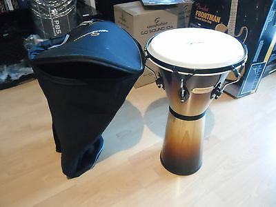Djembe Sdj01-Sb + Custodia Imbottita Soundsation Percussione Bundle