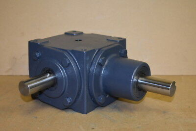 Bevel gear drive, Right angle, Metric, 1:1, Up to 28hp, 165M, Hub City
