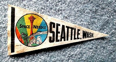 Small Seattle Washington Souvenir Travel Pennant with Space Needle Art msc6