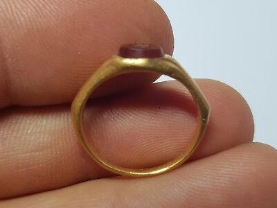 Roman Gold Ring with Intaglio  2nd-3rd century AD