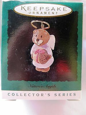 1996 Hallmark Miniature Christmas Ornament NATURE'S ANGELS SQUIRREL #7 IN SERIES