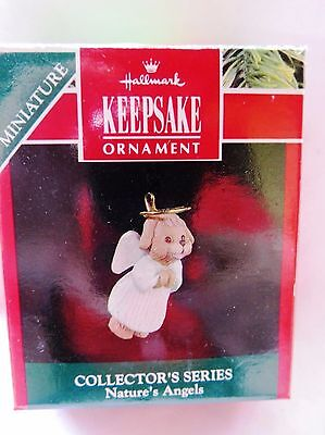 1991 Hallmark Miniature Christmas Ornament NATURE'S ANGELS DOG #2 IN SERIES