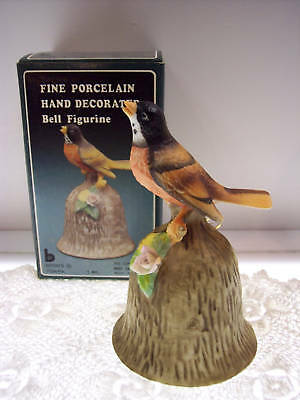 PORCELAIN BISQUE BELL Songbird on Bark NIB *FREE USA SHIPPING