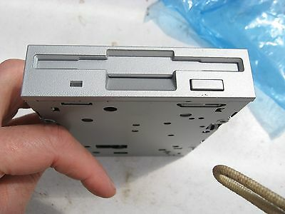 """Unused Silver Front 1.44Mb Internal 3 1/2""""floppy Disk Drive About 10 Years Old."""
