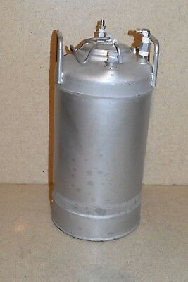 """ALLOY PRODUCT t316 STAINLESS PRESSURE TANK - 16"""" TALL / 8"""" DIAMETER  (TK2)"""