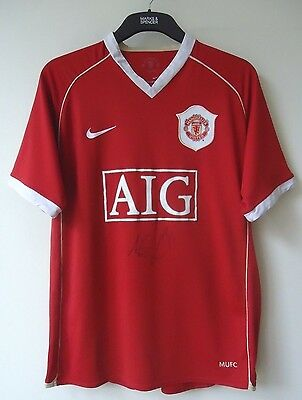 Manchester United  Football Shirt Size Large Signed  By  Allan Smith