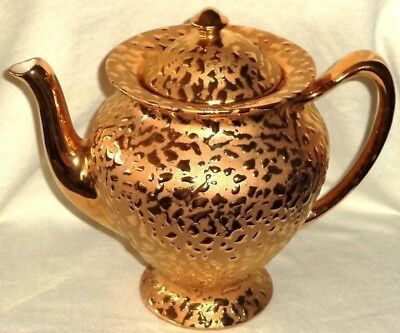 Holly Ross Teapot Gold Teardrops LaAnna PA Made in USA