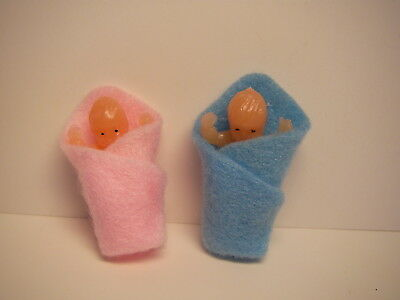 Dolls pair of tiny baby dolls  DOLLS HOUSE MINIATURES (F5722)