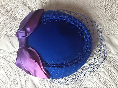 PILL BOX HAT VINTAGE 40s STYLE GLAMOUR DITA VEIL BOW CONNOR ENGLAND IMMACULATE