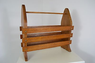 VINTAGE 1940s TEAK WOOD BRITISH COUNTRYCRAFTS MAGAZINE RACK ENGLISH MADE