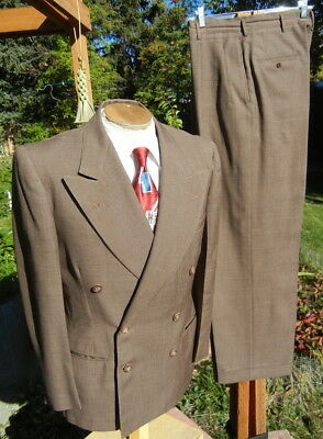 Vintage 1950s DOUBLE BREASTED Suit 38R 31x30 - Alterable Trumanesque Swing Unit