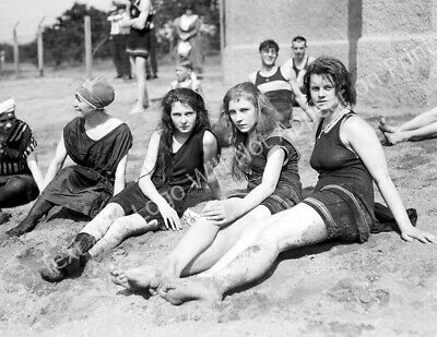 """Bathing Beauties on the Beach Vintage Old Photo 8.5"""" x 11"""" Reprint"""